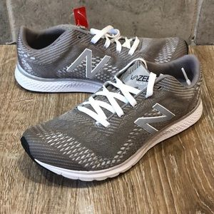 New Balance Vazee Agility Trainers NEW Silver